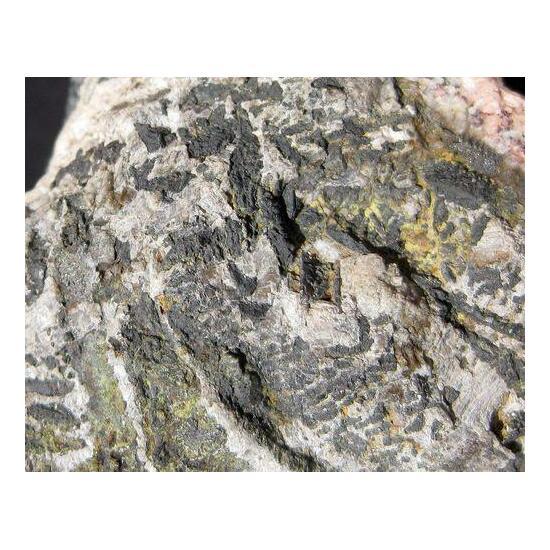 Nickelskutterudite & Nickeline