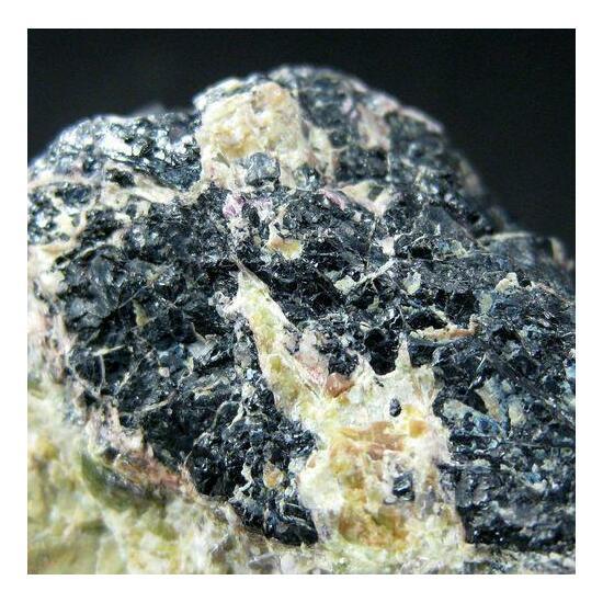 Chromite & Chrome-Tremolite