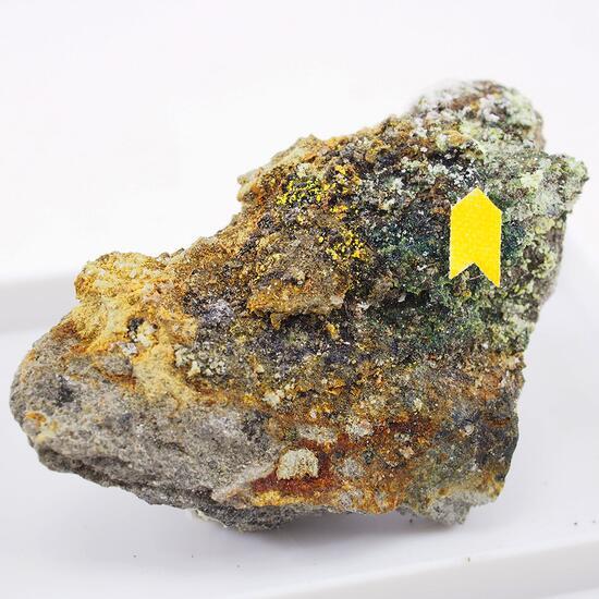 Calderónite & Plumbogummite
