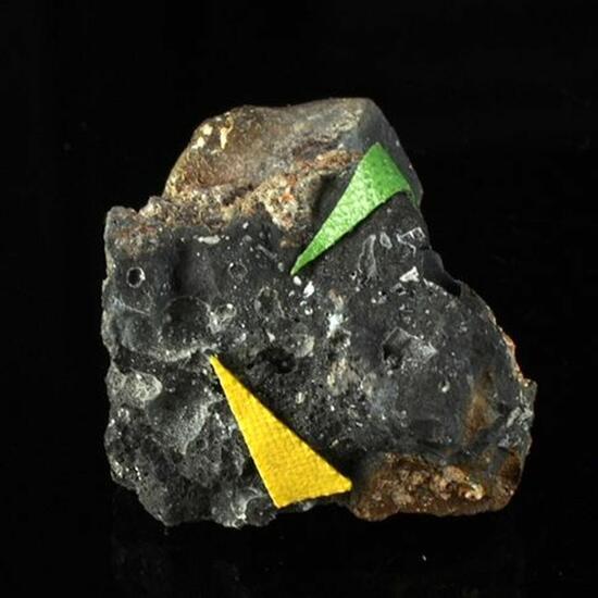 Thorikosite