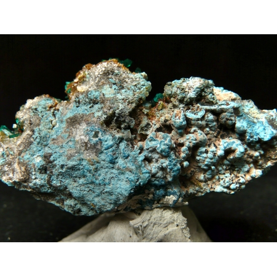 Dioptase With Plancheite