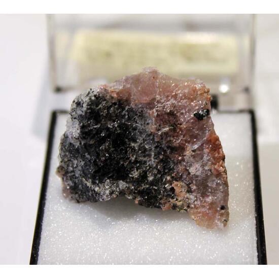 Yoshimuraite & Rhodonite