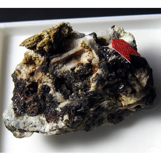 Jahnsite-(NaMnMg) & Cacoxenite