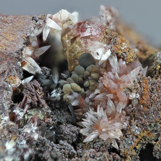 Manganoan Adamite & Manganoan Calcite