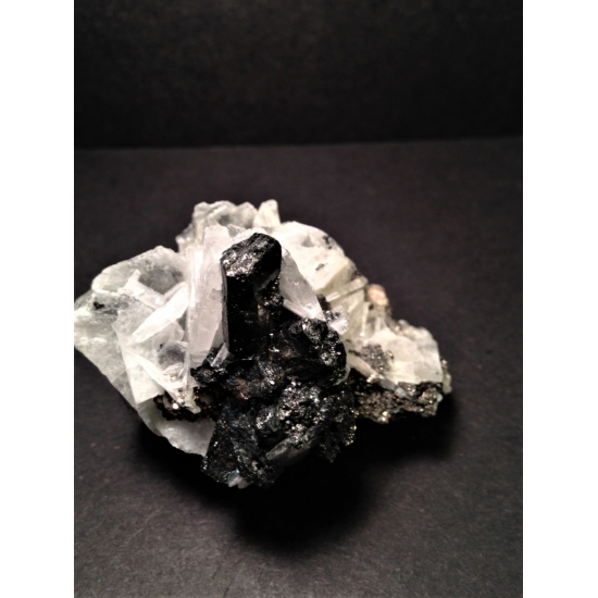 Enargite On Baryte & Pyrite
