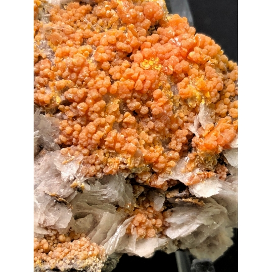 Mimetite On Baryte