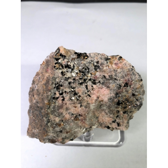 Hendricksite Bustamite & Andradite On Willemite