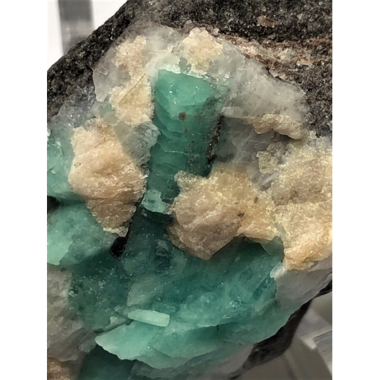 Emerald With Scheelite