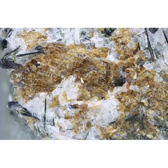 Barytolamprophyllite & Aegirine