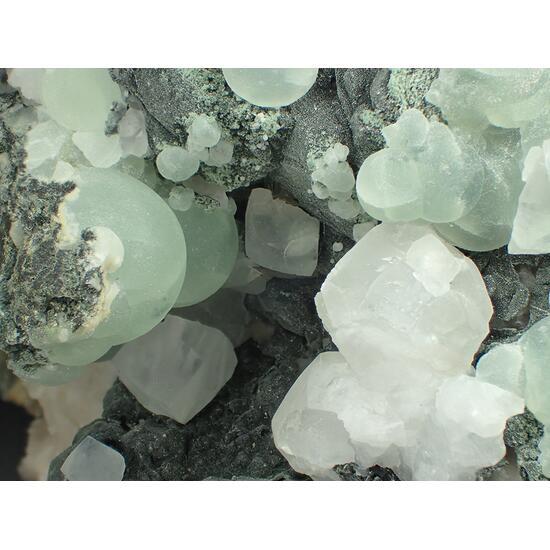 Prehnite Pumpellyite Julgoldite & Calcite