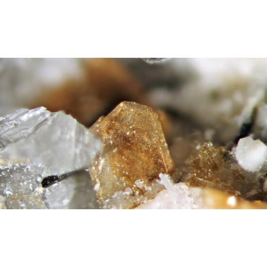 Ferroceladonite Polylithionite & Labuntsovite