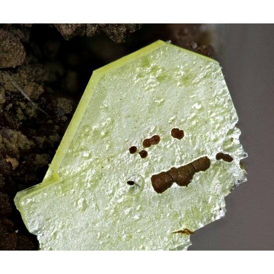 Metanováčekite