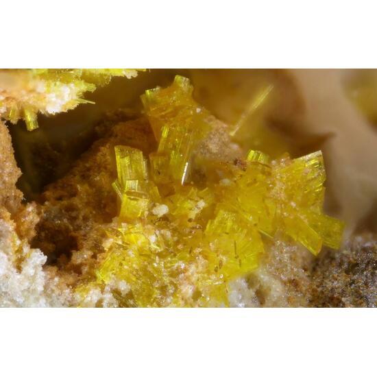 Phosphuranylite & Bassetite