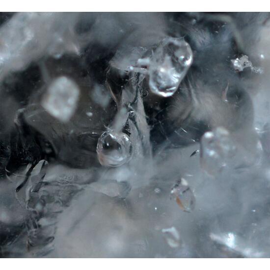 Beryl Var Goshenite With Enhydro Inclusions