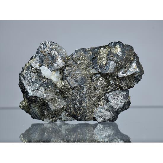 Tetrahedrite Pyrite Chalcopyrite & Quartz