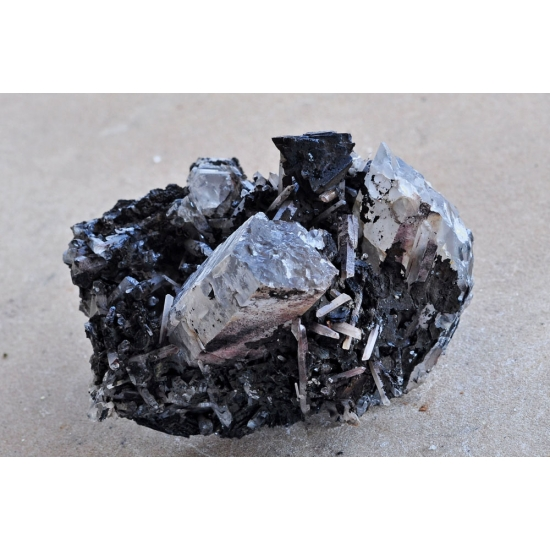Helvine Hematite Var Specularite On Quartz