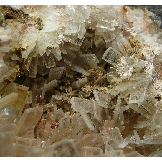 Fluorcalcioroméite