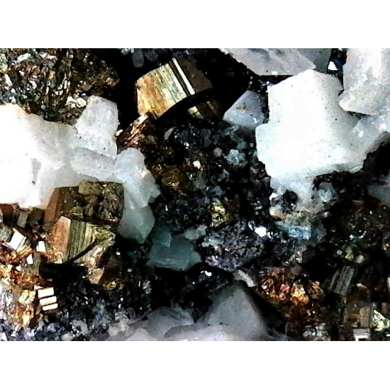 Pyrrhotite Pyrite & Calcite