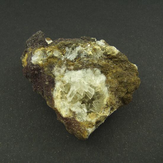 Baryte & Fluorcalcioroméite
