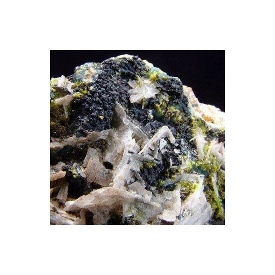 Plumbogummite Mimetite & Baryte