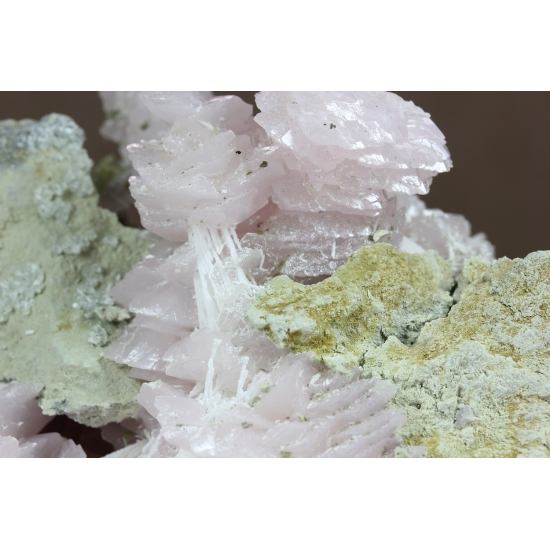 Manganoan Calcite With Aragonite