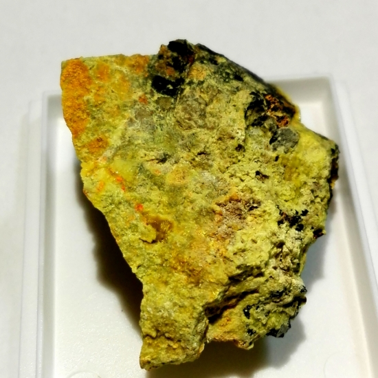 Rutherfordine Studtite Curite Uranophane On Uraninite